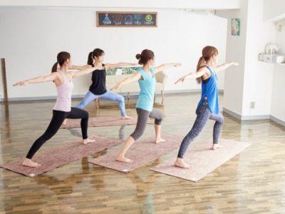 とにかく痩せたい40代に体操は効く?